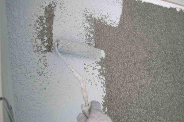 下塗り工事